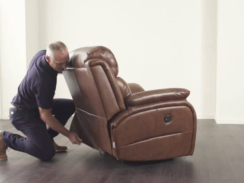 common-mistakes-while-buying-recliners